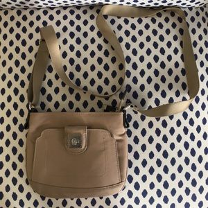 Mosey by Baggallini half pint purse